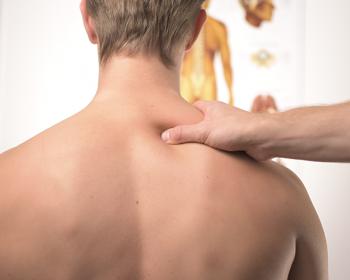 4 cvičenia pre zmiernenie bolestí chrbta